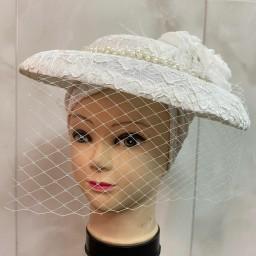 کلاه فرانسوی رنگ سفید محصول شگفت انگیزتوربان سپیده