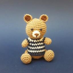عروسک بافتنی خرس کوچک قلاب بافی