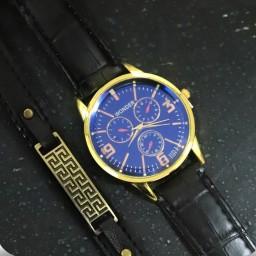 ساعت مچی مردانه بند چرم wander و دستبند چرمی ورساچی همراه باجعبه کادویی