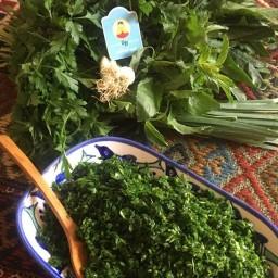 سبزی قورمه تازه خرد شده 900 گرمی فروشگاه اینترنتی رونا