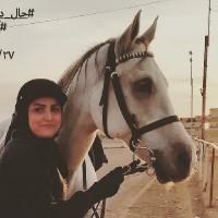 زهرا محققی