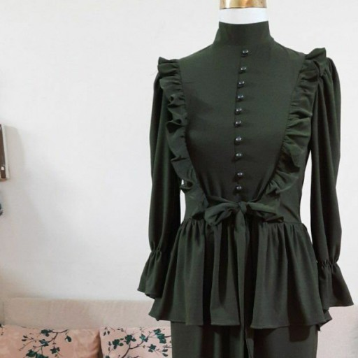 غرفهٔ پوشاک زنانه لوکس شاپ