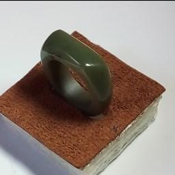 انگشتر تمام سنگ یشم زغال دار مخصوص شیک پوشان