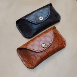 کیف عینک چرمی طرح گوجی