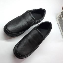 حراج کفش مردانه رابین مشکی چرم مصنوعی با یک عدد اشانتیون کمربند با ارسال رایگان به سراسر  کشور