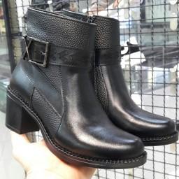 کفش نیم بوت ساقدار