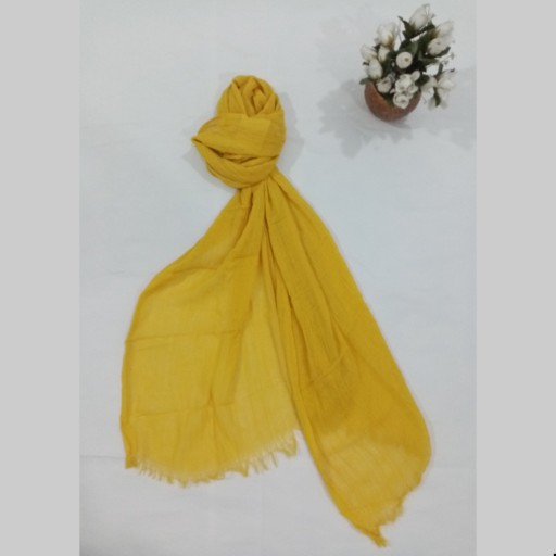 غرفهٔ شال و روسری گل مریم
