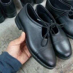 معلم ، کفش مدل ماتریکس