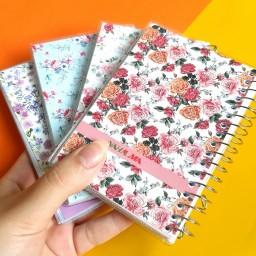 دفترچه سیمی گلگلی با حاشیه و خط های رنگی در 4 طرح مختلف