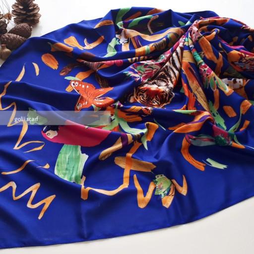 غرفهٔ شال و روسری گُلی