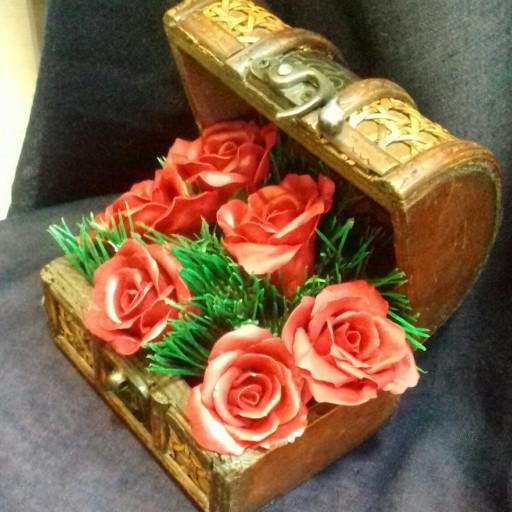 صندوقچه گل رز قرمز- باسلام