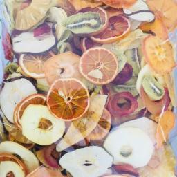 چیپس 8 میوه یک کیلویی آویسا