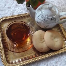 کلوچه 40 عددی لاهیجان (در دو طعم گردویی و نارگیلی)