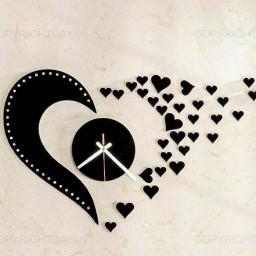 ساعت دیواری love
