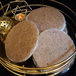 همبرگر با گوشت گوسفندی - بدون مواد نگهدارنده - با روغن زیتون