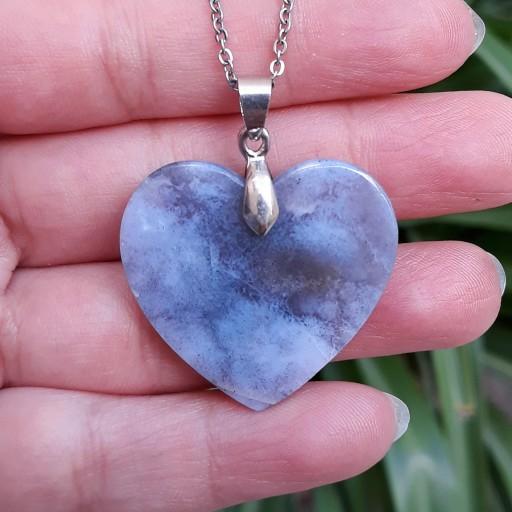 آویز گردنبند قلب از سنگ عقیق آبی کبود خراسان با زنجیر- باسلام