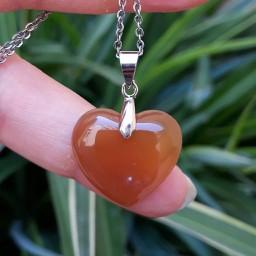 آویز گردنبند سنگ عقیق زرد قلب با زنجیر