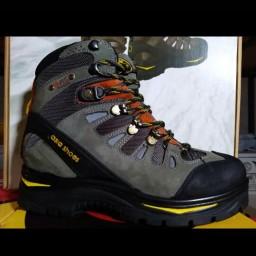 کفش کوهنوردی مدل  سالامون تولید شرکت آسیا  با 6 ماه ضمانت و با ارسال رایگان به سراسر کشور