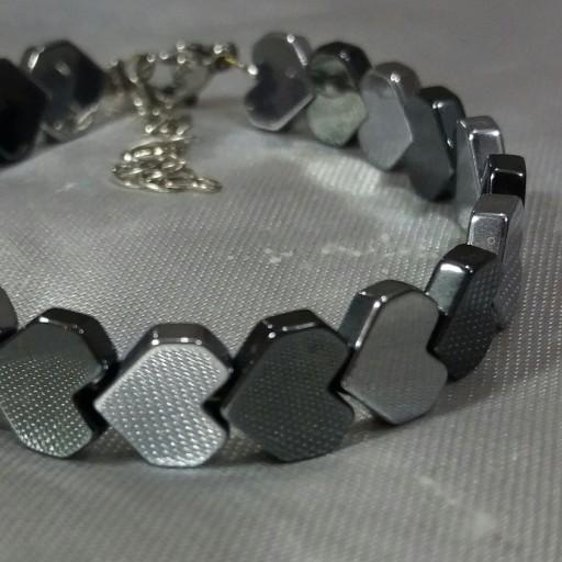 دستبند سنگ حدید قلب درشت دودی و نقره ای- باسلام
