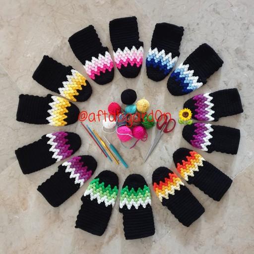جوراب بافتنی با قلاب در طرحها و رنگهای مختلف گالری آفتابگردون- باسلام