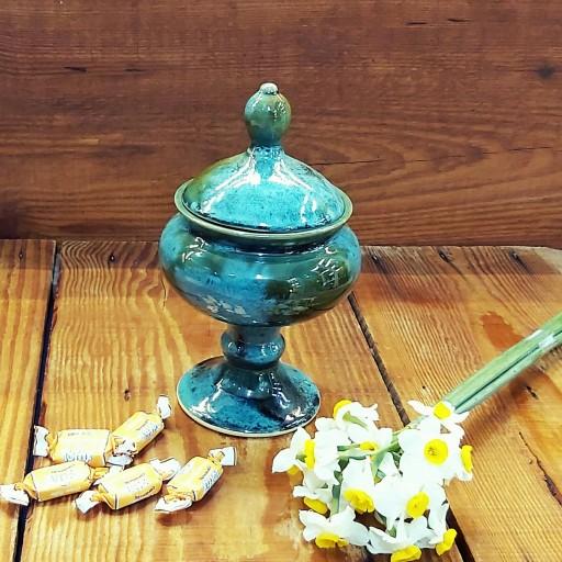 غرفهٔ گالری صنایع دستی رنگ و لعاب