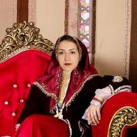 زهرا زارع
