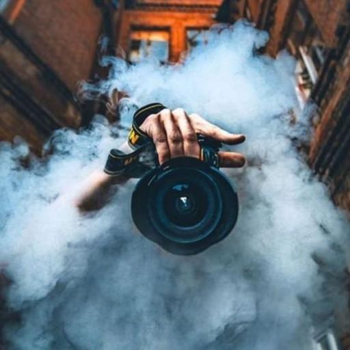 غرفهٔ خدمات عکاسی زحل