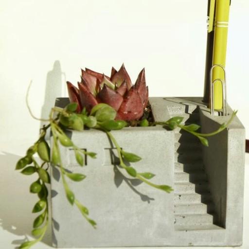 جامدادی و گلدان بتنی آژند- باسلام
